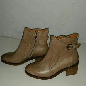 Latigo Maiden Ankle Boot for women.